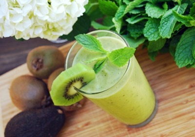 Kiwi and avocado smoothie, yummy and healthy