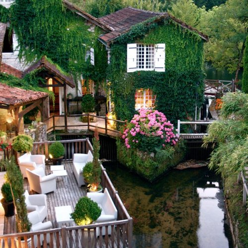 dirtyprettything:  (via Fancy - Le Moulin du Roc Hotel @ France)  I want to go to there.