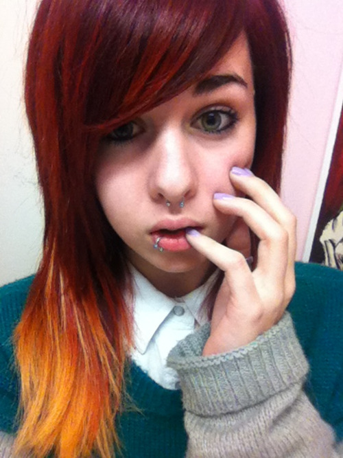 I feel so colourful now. Pretty nails, bright hair - two colours, amazing ring, and nice clothes :D