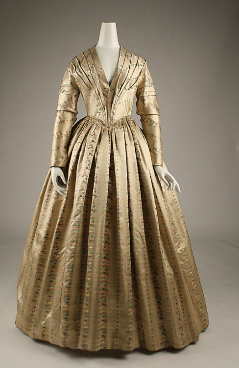 Dress 1843 The Metropolitan Museum of Art