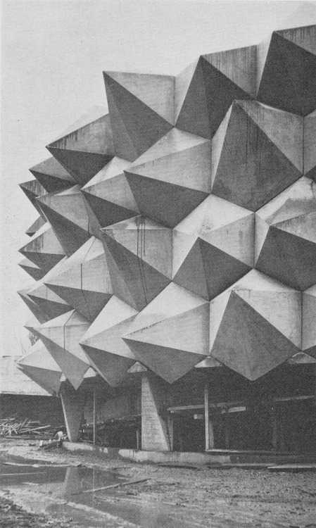 jpegheaven:  Pavillion Wehrhafte Schweiz by Carl Fingerhuth Designed and constructed for the Swiss Army in conjunction with the Swiss National Exhibition of 1964 in Lausanne.