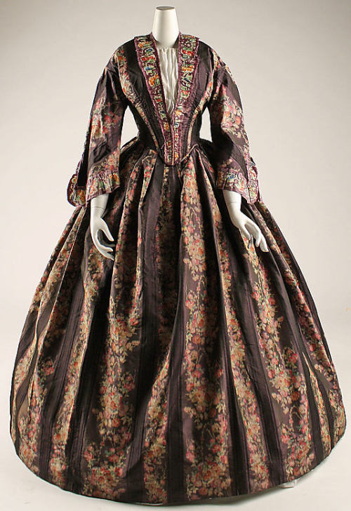 Dress 1847-1850 The Metropolitan Museum of Art