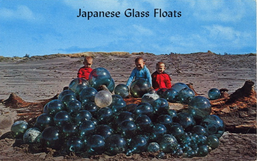 JAPANESE GLASS FLOATS  JAPANESE GLASS BALLS These glass floats come across the Pacific from Japan and are found in abundance along this 28 mile driving beach, which stretches from the Mouth of the Columbia River to Willapa Bay.  Does this still happen?