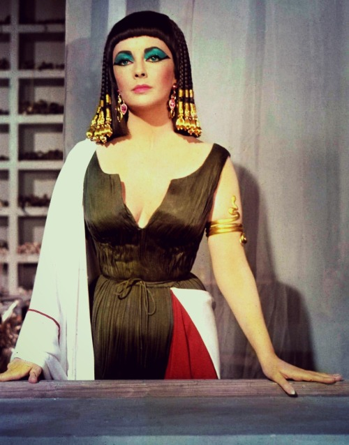 sophialorens:  Elizabeth Taylor in a promotional still for Cleopatra, 1963