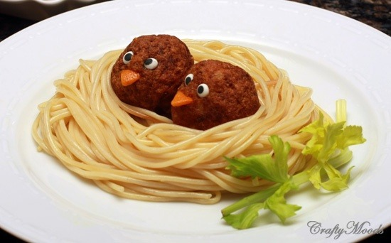 What's for dinner!!!?!?? Have a finicky eater? try bird nest spagetti!