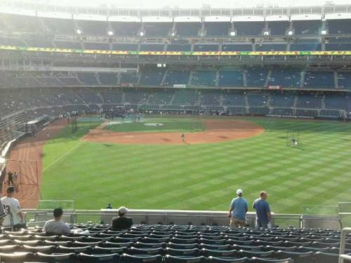 "BSchulk5 comments that this, 4 1/2 star bleacher seat, at Yankee Stadium, has a ""glare off the video board but should be fine for a 7pm game"" (via Yankee Stadium section 205 row 16 seat 21 - New York Yankees vs Toronto Blue Jays shared by bschulk5)"