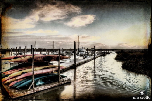 Safe Harbors on Flickr.In for the night. An evening earlier this past spring @ Broad Creek Marina #hiltonhead