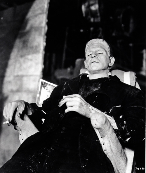 Boris Karloff on set of Bride of Frankenstein (1935)