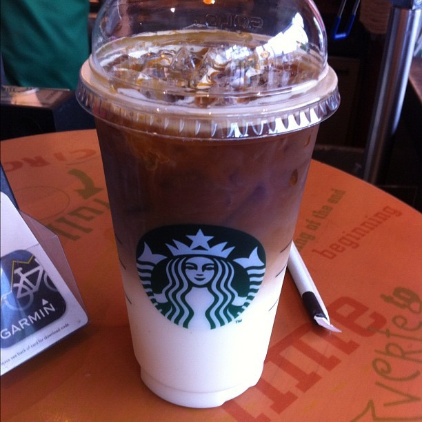 Iced Venti Caramel Macchiato #starbucks @starbucks @starbucksuk #coffee #icedcoffee #heaven #caramelmacchiato #yummy #foodporn #bestoftheday #photooftheday #instagram #iphoneography #iphonesia #iPhone #popular #ig #iphoneonly #iphone4 #instagood #webstagram #instagramhub #jj #igers #instamood #instagrammers #ignation #instago #igdaily (Taken with Instagram)