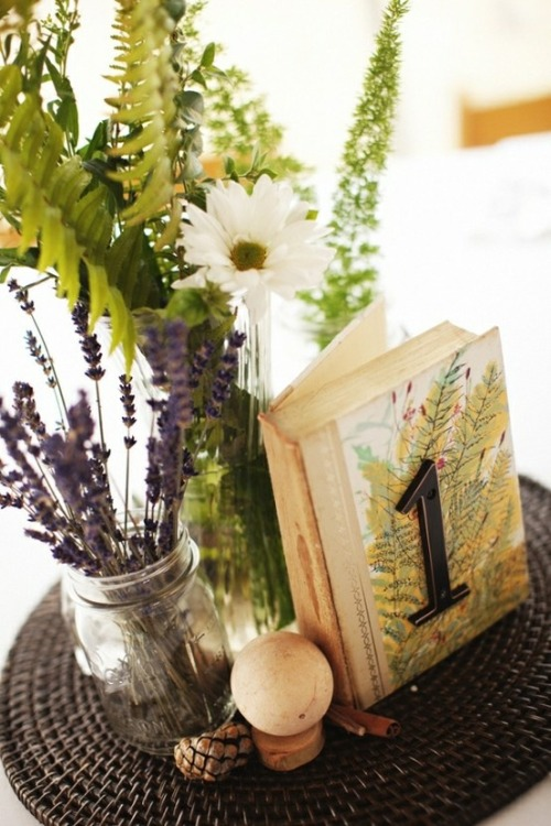 Fern, lavender & daisy centerpiece with book table number