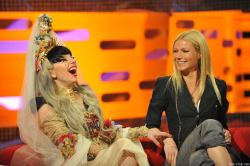 Lady Gaga with Gwyneth Paltrow, London 2011 [UHQ]