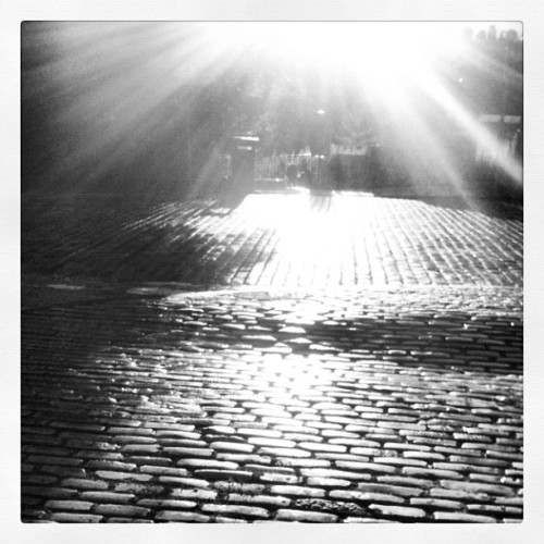 #edinburgh under the sun. Love this city. Rainy or sunny.  (Taken with Instagram)