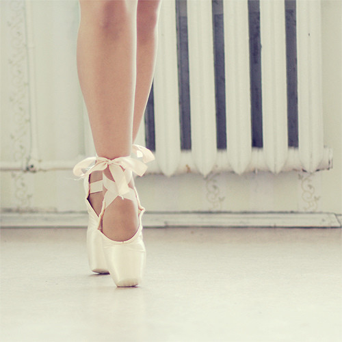 on-my-toes-for-you:  weheartit