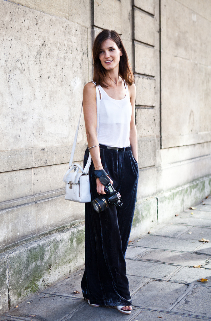 Silk pants can be tough. But when paired with the right accessories and appropriate weather, they can look absolutely amazing!