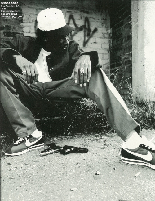 wordtothemother:   Hip Hop Weekly. Portraits 1980 - 2010. Snoop Doggy Dogg.