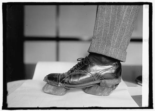 collective-history:  Cow shoes used by Moonshiners in the Prohibition days to disguise their footprints, 1922.  Source