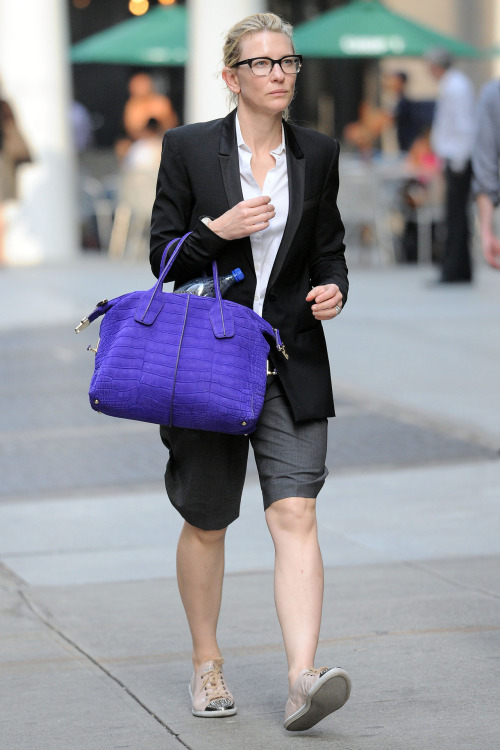 washingtonpoststyle:  suicideblonde:  Cate Blanchett in NYC, July 23rd BEAUTIFUL FIERCE QUEEN  Nobody does it like you.