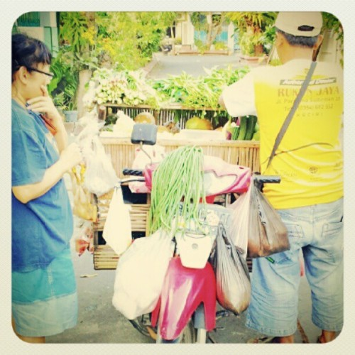 #groceries #vegetable #mobile #tukang #sayur #keliling #instagram #instaphoto #instaworld #android #androidphoto #pingram #pingramme #hellogram #instadaily #instacnvs #photooftheday #instago #instagramers #picoftheday #instacanvas #instadaily #instagramhub #gf_daily #gang_family #extragram  (Taken with Instagram)