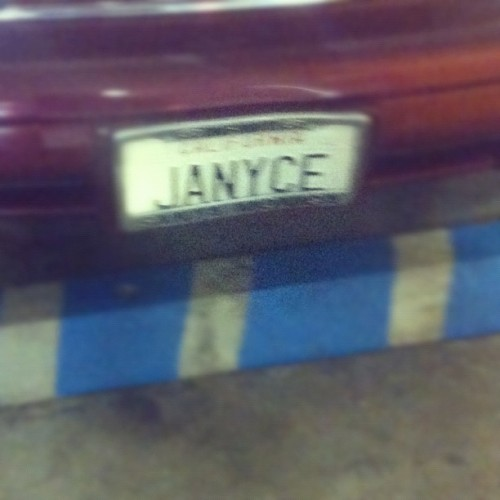 you think it's Janyce from #Friends. I miss that show.  #lol #tv #show #funny #iphoneonly #iphonesia #ighub  (Taken with Instagram at West Hollywood)