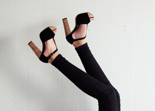 amberbrianne:  Sorry for the next few posts, but I am going black wedges crazy!