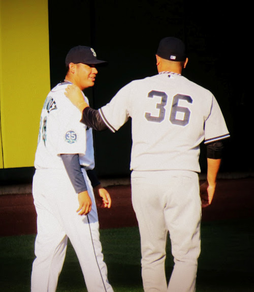Mariners win 4-2 as Felix goes against his idol Freddy Garcia and improves his record to 9-5. (Felix also broke A-rod's hand, to much cheering of fans at the game)