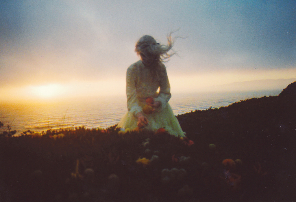 yulibow:  (by hana haley)