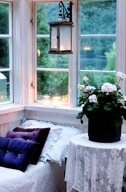 dyingofcute:  shabby chic veranda for a fairy reading nook