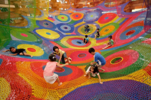 Today on Crafty Crafty: Gallery: the colourful Crochet Playgrounds of Toshiko Horiuchi-MacAdam http://bit.ly/MW5D9P by Lauren O'Farrell