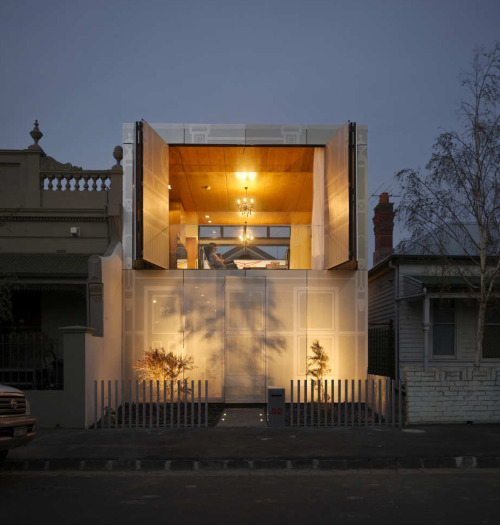 Perforated House by Kavellaris Urban Design It's a critique on what we consider to be of heritage significance and how to narrate such ideas in a critical and contemporary manner.