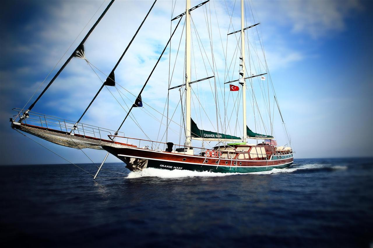 She's sailing from Mykonos to Bodrum on July 28th through August 4th, don't leave her alone! Call or email us for an amazing special - duru@durukos.com