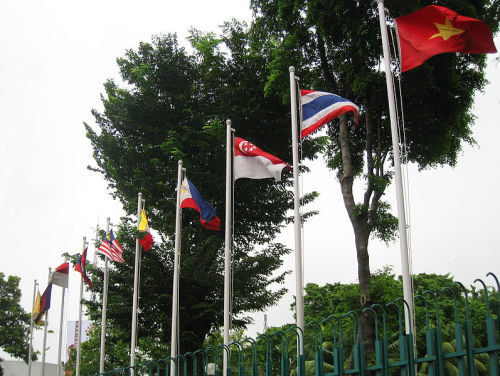 "ICG Warns of Regional War | Bangkok Post Tensions over competing claims in the South China Sea could escalate into conflict, with an arms build-up among rival nations raising the temperature, an international think tank warned Tuesday. Prospects of solving the disputes ""seem to be diminishing"" after a recent failure by the 10-nation ASEAN grouping to hammer out a ""code of conduct"" that would govern actions in the sea, the International Crisis Group (ICG) said. FULL ARTICLE (Bangkok Times) Photo: Gunawan Kartapranata/ Wikimedia Commons"