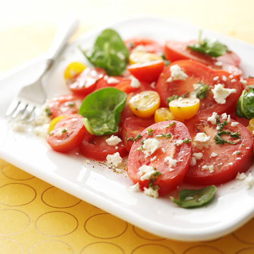 Daily Dish: A tangy vinaigrette gives this healthy Five-Tomato Salad light summer flavor.
