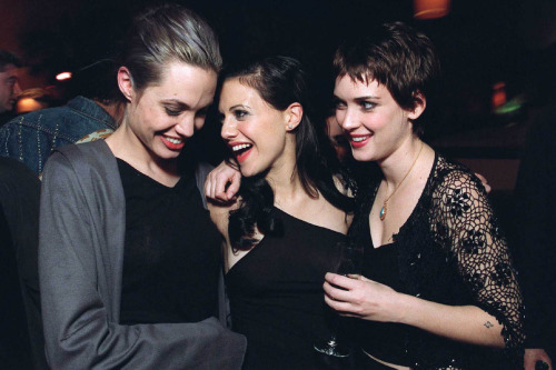 gasstation:  Angelina Jolie, Brittany Murphy and Winona Ryder at the premiere of Girl, Interrupted, 1999   Intense !!