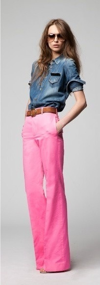 "suburbly-chic:  Pink jeans ~ bucking the ""skinny jean"" trend"