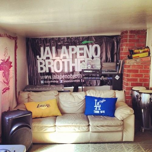 the Jalapeno Manor  ceenario:  Broadcasting live from Jalapeño Manor. @JalapenoBros bout to get interviewed for Telemundo. Oh yea! #Election2012 #rockYheVote #JalapenoBrothers #Jalapeno #Jalapeño #California #CA #music #hiphop #latin #latino #rap #tribal #trival (Taken with Instagram)