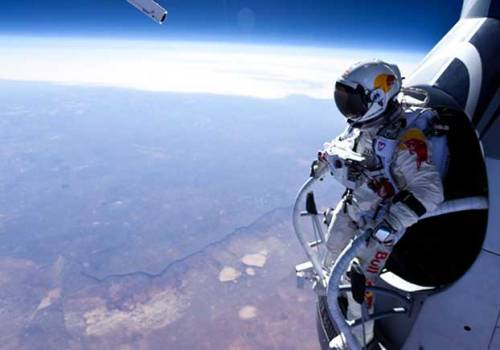 discoverynews:  Felix Baumgartner Survives 17-Mile Plunge  Next stop: the edge of space. Adventurer Felix Baumgartner has successfully jumped from from 96,640 feet (29,455 meters) from a custom balloon — the last test required before his planned 23-mile freefall from the edge of space can take place. On that jump, Baumgarther will achieve supersonic speeds.  keep reading