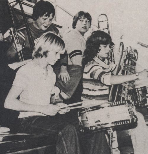 alexnauthslolita:  kakudaya:  11 year old Kurt Cobain playing drums in the school band.  yes