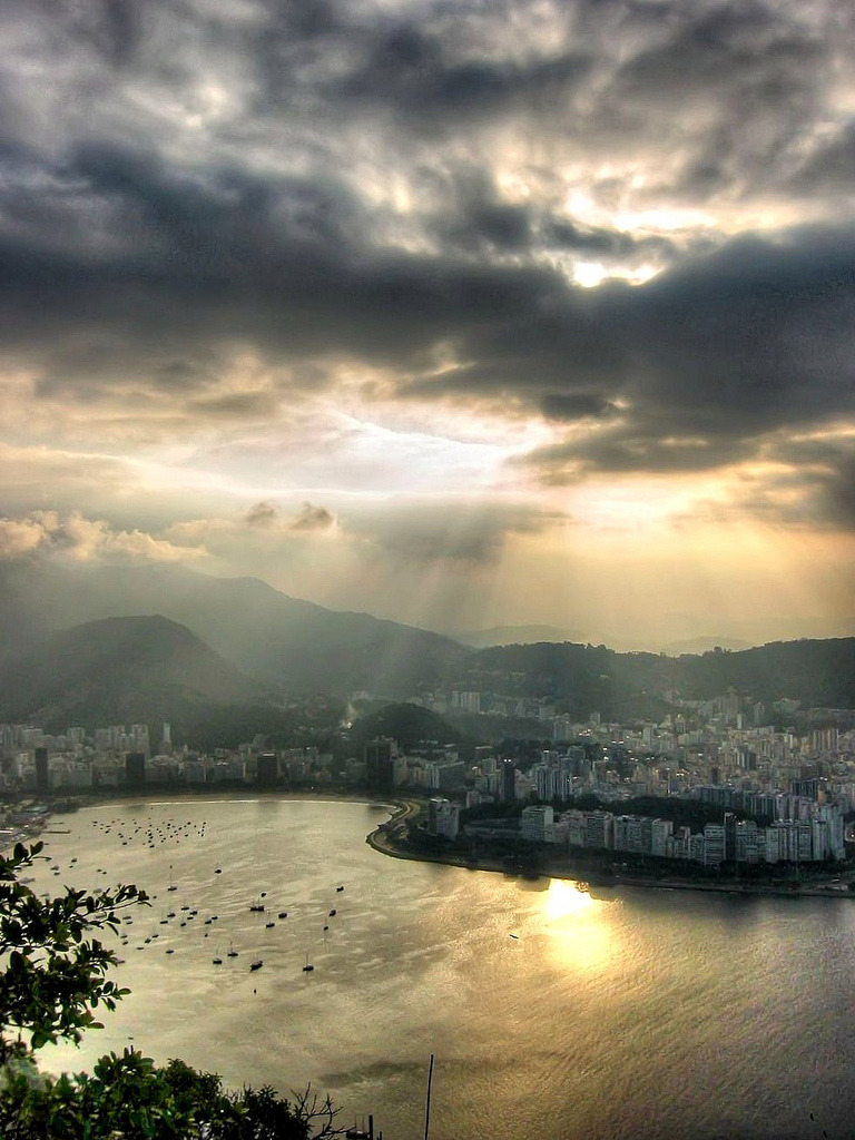 Sunset from Sugar Loaf (by Quasebart)