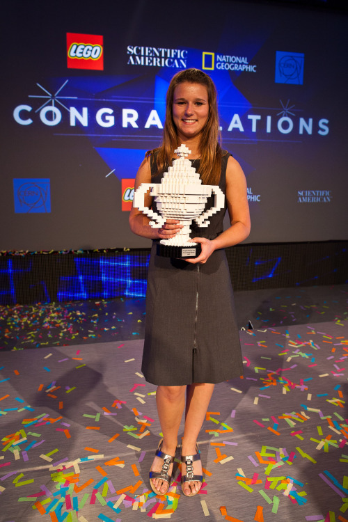 "jtotheizzoe:  Meet Brittany Wenger, Google Science Fair 2012 Winner and All-Around Awesome Person Florida teen develops artificial intelligence breast cancer detection tool If we lived in a just world, 17 year-old Brittany Wenger would have endorsement contracts, too many cars and an assistant. You know, if she wanted them. Because this is what a role model looks like. She's this year's winner of the Google Science Fair, and must add that I'm jealous of that Lego trophy. Far from being an exception, Brittany exemplifies the quality of her fellow finalists. Looking through this year's list of top projects, I can't help but notice how stunningly intelligent and confident all the competitors are. Brittany developed an artificial neural network (a ""software brain"" of sorts) to help doctors take what used to be a safer but less reliable form of biopsy and turn it into a highly successful tool for detecting breast cancer. Seem out of reach? Brittany explains where she got her inspiration:  In school we were researching the future, and my part of the future that I was researching was future technologies. I grew fascinated by artificial intelligence, which I came across. I went home that night, and I bought a computer programming book and, with no experience, decided that was what I was going to do with the rest of my life.   Congrats to her and all this year's finalists. And congrats to everyone who was inspired to do projects this year and will be inspired in years to come. I'm with Neil, I'm not worried about young people. This proves why. (↬ Budding Scientist)  Trofeo de Legos, me gusta"