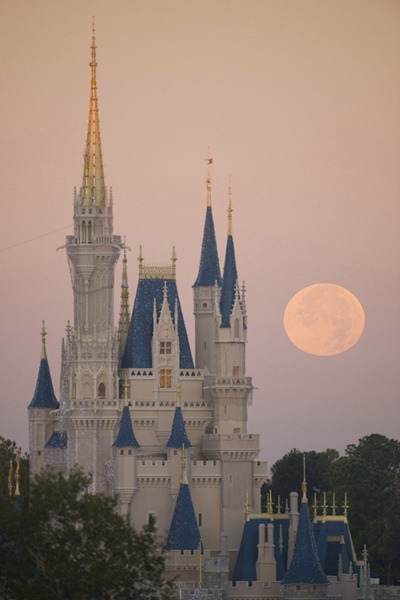 adisneyfairytale:  A Full Moon Behind Cinderella's Castle by David Roark.