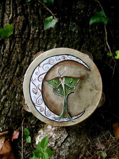 full-moon-pagan:  eirecrescent:  Luna Moth- Ritual tambourine! *here*  Witchcraft and nature and Gods, OH MY!