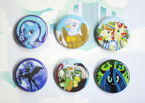 craftsnrats:  New pony button set done and in store!