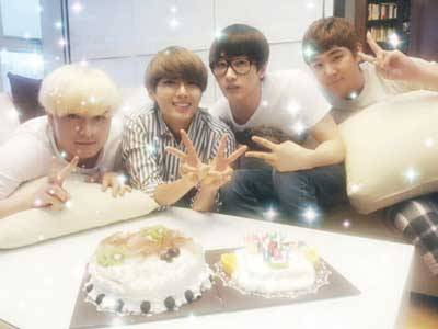enewsworld:  Super Junior's Ryeowook Reveals Picture From Leeteuk's Birthday