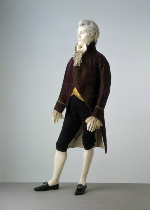 Formal Ensemble 1800-1810 The Victoria & Albert Museum