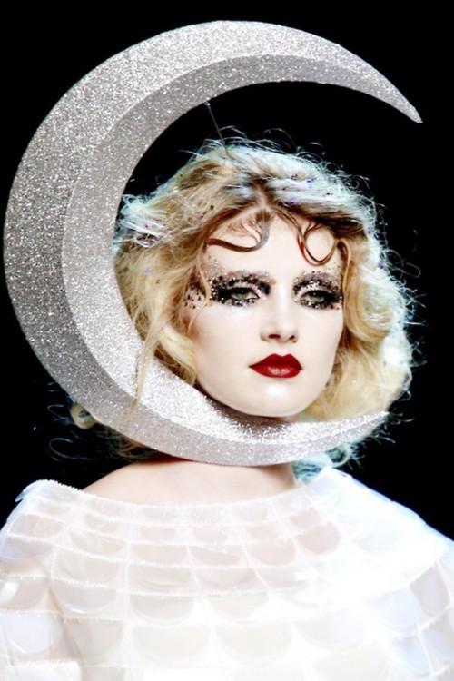 fashionfascinations:  Galliano
