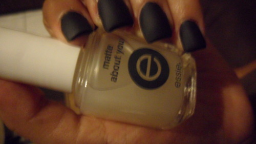Lauroux Nails. Matte Black!