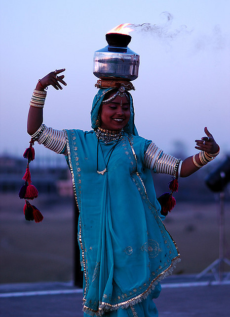 hamsahands:  Rajasthani Dancer, Udaipur by since1968 on Flickr.