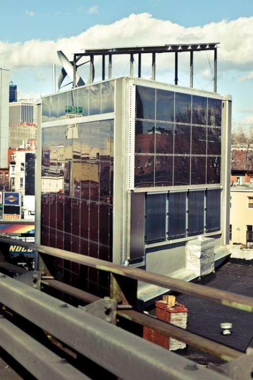 "thirteenny:  Meet NYC's ""first self-powered building,"" found at the edge of Carroll Gardens in Brooklyn"