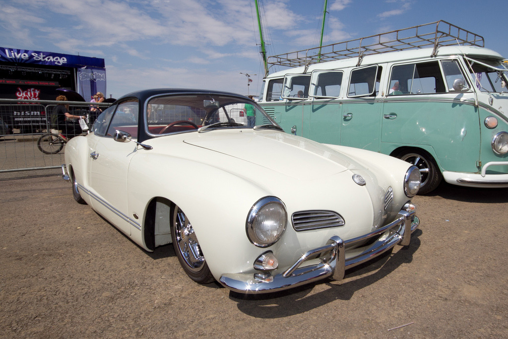 sic56:  Bug Jam 26 - Hi Res by Santa Pod Raceway on Flickr.