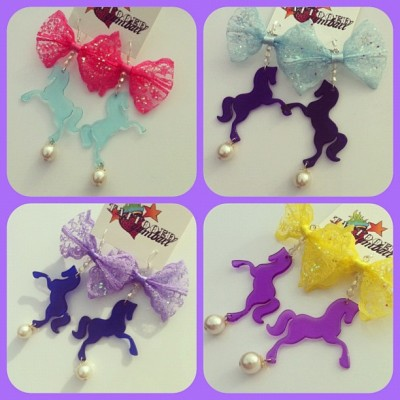 Some of the large unicorn bow earrings I made a few weeks ago… There's other colours, Just haven't got the photos at the moment. Another design that I will be putting on my website soon. :) www.facebook.com/tattooedgumball www.tattooedgumball.com